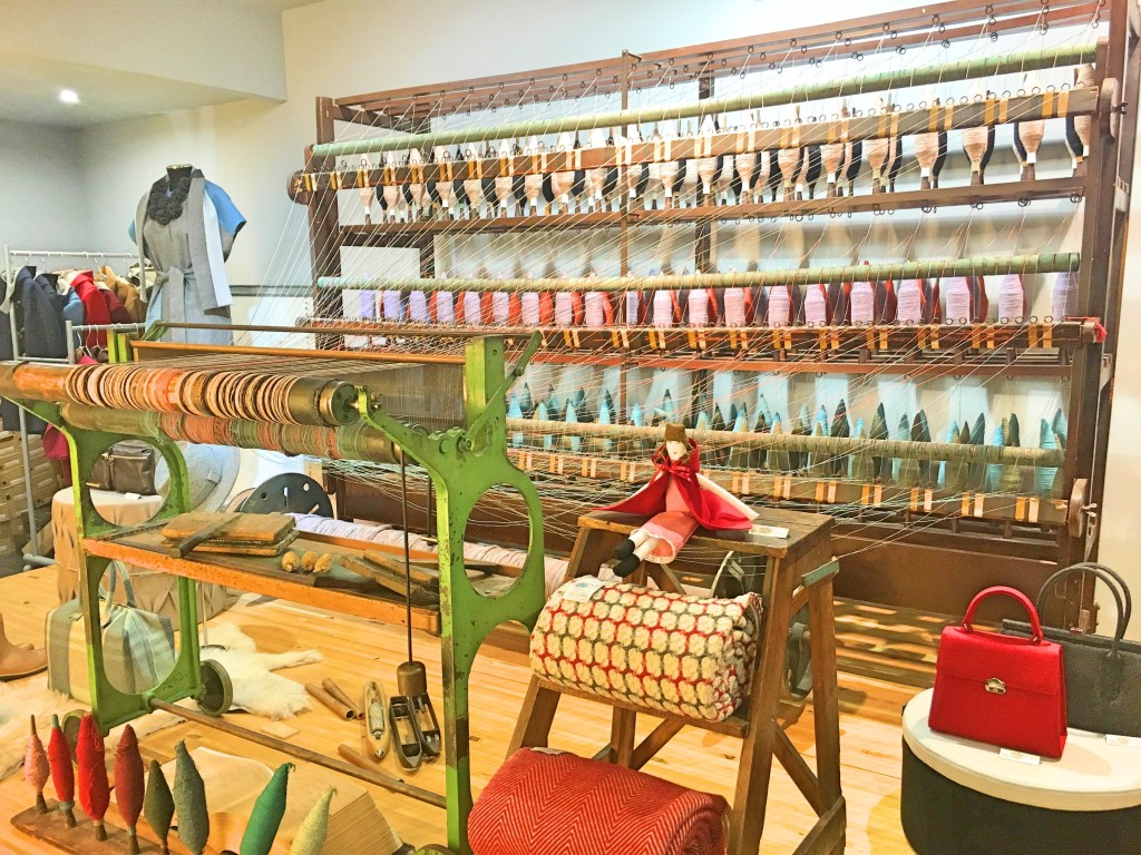 A Loja da Burel - spun wool