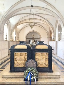 S. Vicente de Fora tombs