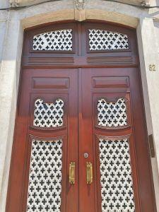 Portuguese door 21