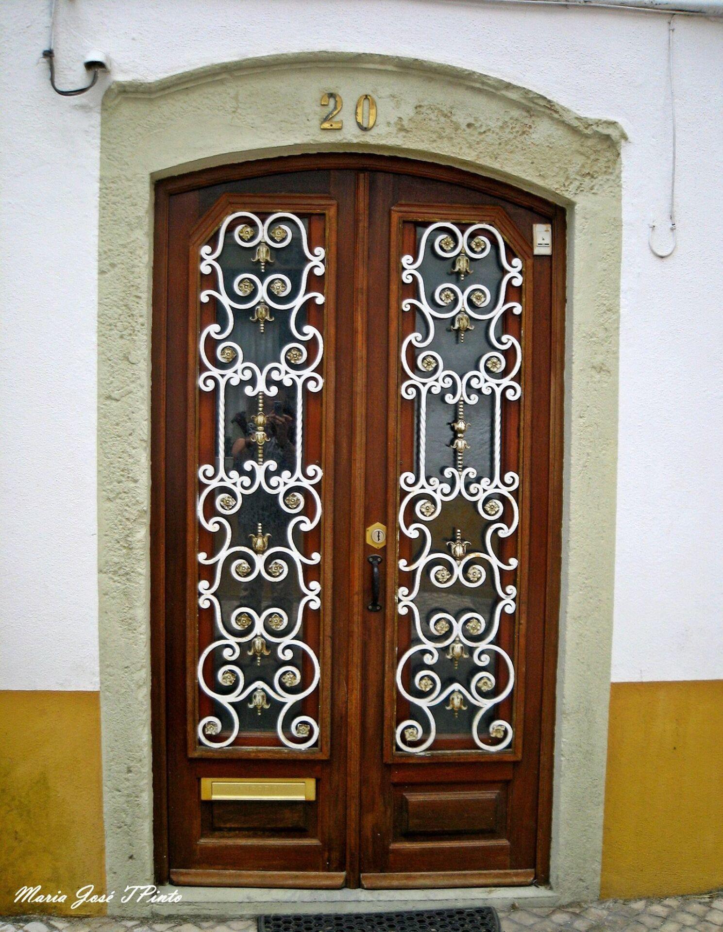 Portuguese door 3