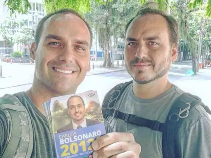 Carlos e Eduardo Bolsonaro na mira da PF, que os intima depor sobre atos antidemocráticos