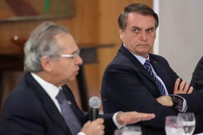 Descontrole de Bolsonaro é medo do país ficar completamente descontrolado.
