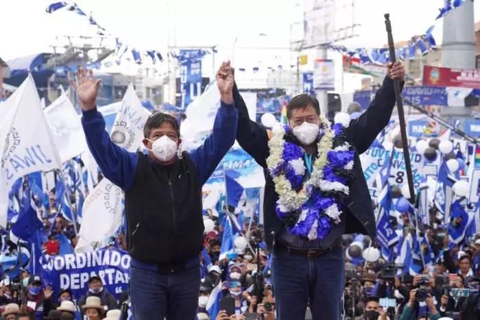 Bolívia: 60% das urnas apuradas. Luís Arce alcança a vitória em primeiro turno.