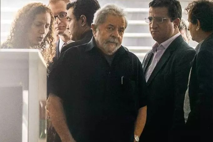 Foi na condução coercitiva de Lula que a Lava Jato escancarou que nunca teve provas contra o ex-presidente.