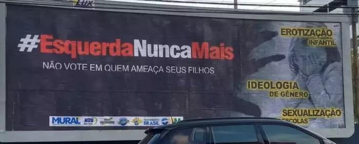 TRE apenas ordenou a retirada de outdoor com fake news contra a esquerda, em Maceió.