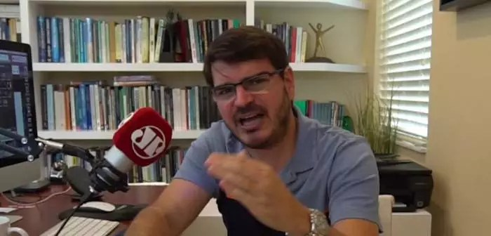 Constantino diz que Beto Freitas merecia ser assassinado no Carrefour, depois de dizer que Mariana Ferrer teve o que merecia.