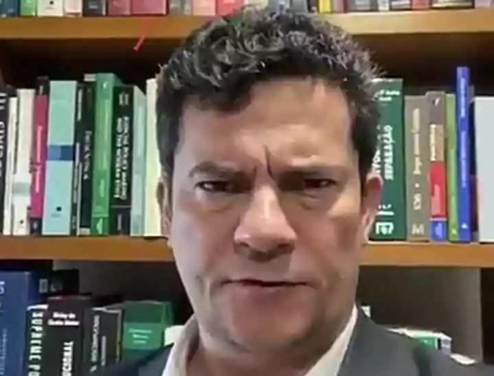 Moro grava vídeo em apoio ao candidato que comandou o motim criminoso no Ceará
