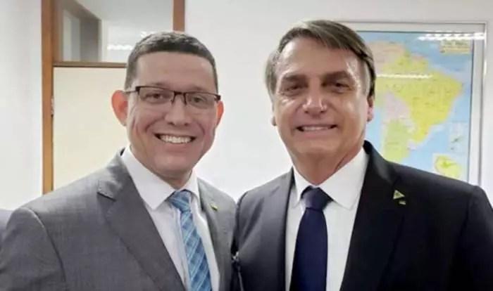 Governado por coronel bolsonarista, Rondônia entra em colapso. Estado teria fraudado vagas para Covid-19 para evitar isolamento social.