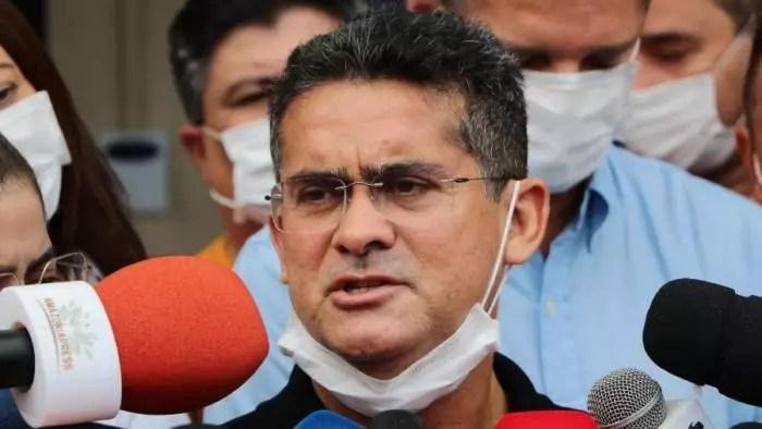 Fraude na vacinação: MP pede prisão do prefeito de Manaus.