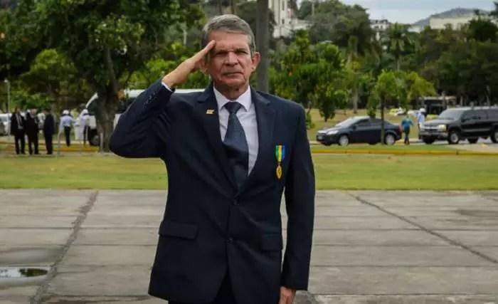 Urgente: Presidente da Petrobras, Roberto Castello Branco, é demitido por Bolsonaro
