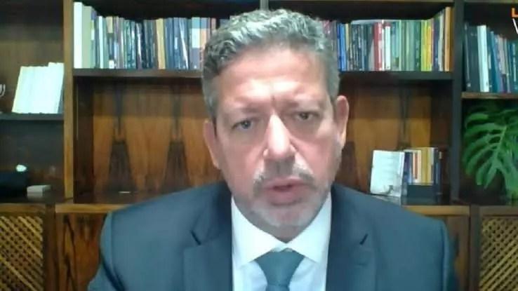 Lira chama governadores para diálogo sobre pandemia após ataques de Bolsonaro a medidas restritivas