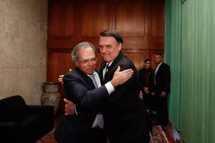 BC sobe a taxa de juros em 1% e Brasil passa a ter a 2ª maior taxa do planeta.