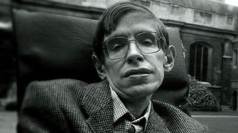 Stephen Hawking3240879432