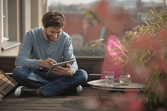 Smart-Home von der Telekom setzt auf einfache und komfortable Bedienung per Smartphone oder Tablet. (Foto: deutsche Telekom AG)