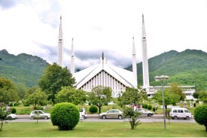 ISLAMABAD: August 27 – An eye catching view of Faisal Masjid during a pleasant day after light shower in the federal capital. APP photo by Sadia Haidari