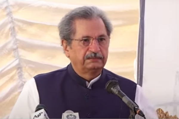 Shafqat expresses concerns over fast spread of COVID-19