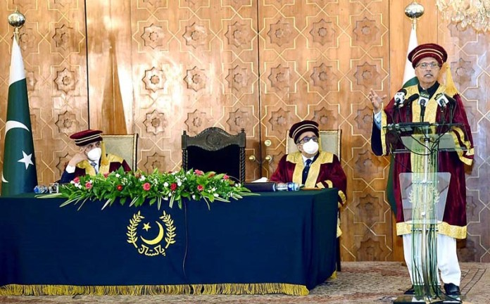 ISLAMABAD: September 15 - President Dr. Arif Alvi addressing the convocation ceremony of Ghulam Ishaq Khan Institute of Engineering Sciences and Technology at Aiwan-e-Sadr. APP
