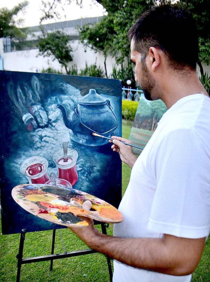PESHAWAR: September 12 – Online art classes continue at Khana Farhang Iran due to closure of educational institutions in the wake of COVID-19 pandemic. APP Photo by Shaheryar Anjum
