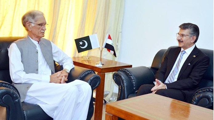 ISLAMABAD: September 30 - Hamid Abbas Lafta, Ambassador of Iraq called on Minister for Defence, Pervez Khattak. APP