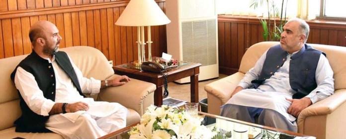 ISLAMABAD: September 14 – Finance & Health Minister of Khyber Pakhtunkhwa Taimur Saleem Khan Jhagra called on Speaker National Assembly Asad Qaiser at Parliament House. APP