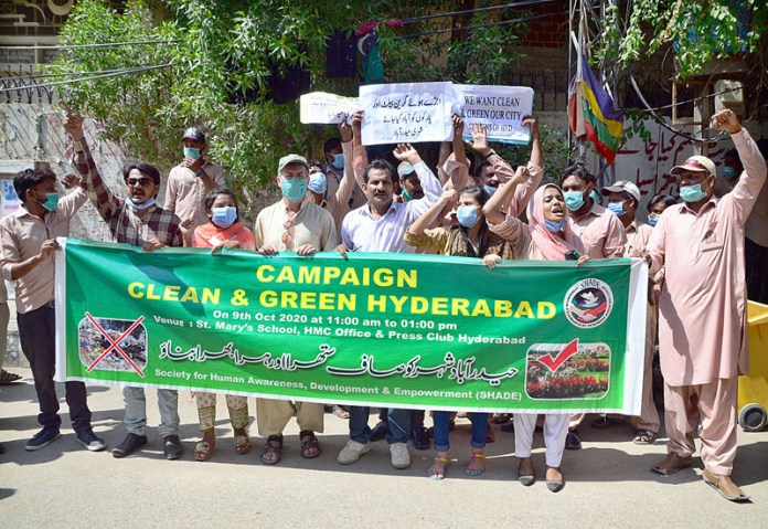 HYDERABAD: October 09 – Members of Society for Human Awareness Development & Empowerment participating in awareness walk during a campaign Clean & Green Hyderabad at Press Club. APP photo by Farhan Khan