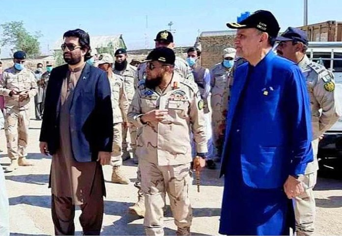 CHAMAN: October 09 - Federal Minister for Narcotics Control Muhammad Azam Khan Swati and Deputy Speaker, National Assembly Qasim Khan Suri visits ANF Police Station and Border Point of ANF. APP