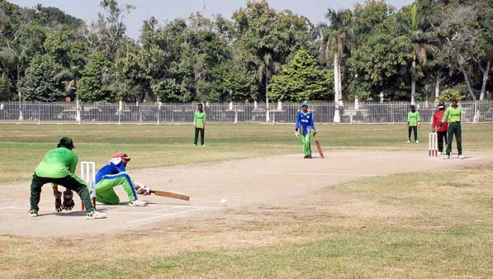 BAHAWALPUR: October 22 – A view of cricket match between Islamabad and Punjab teams during Blind Cricket Super League Tournament 2020 being played at Dring Stadium. APP photo by Hassan Bukhari