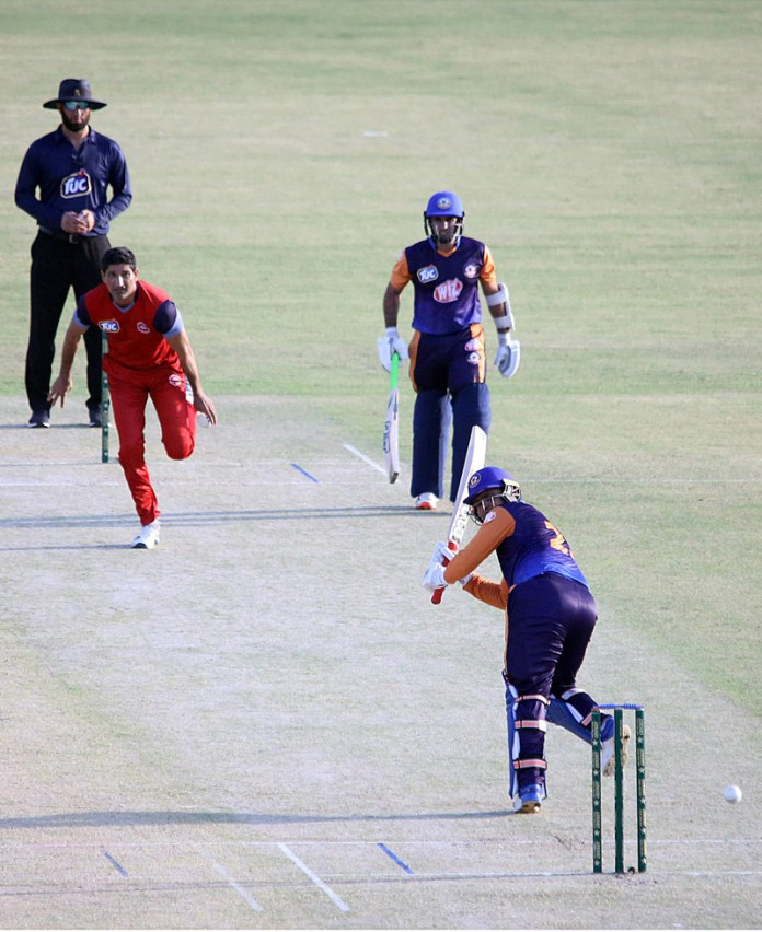 MULTAN: October 03 - A view of the cricket match between Central Punjab and Northern teams during National T20 Cup played at Multan Cricket Stadium. Northern team won the match by 35 runs. APP photo by Qasim Ghauri