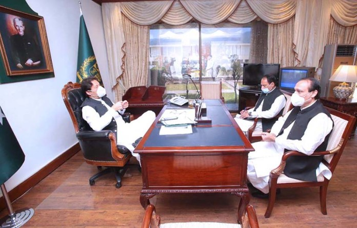 ISLAMABAD: October 16 - Member Punjab Assembly Mr. Khayal Ahmad Kastro calls on Prime Minister Imran Khan. APP