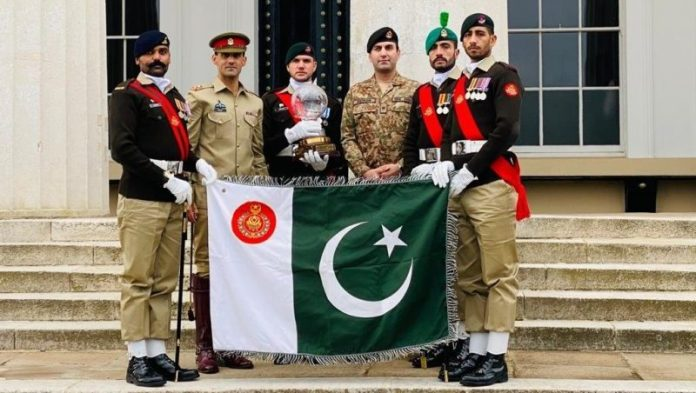 Pakistan Army Team wins Pace Sticking Competition at Sandhurst