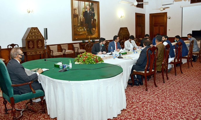 A delegation of businessmen led by Ozair Essani CEO Essani Group of Companies in a meeting with President Dr. Arif Alvi at Governor House