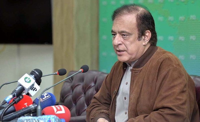 Shibli expresses grief over veteran journalist's demise