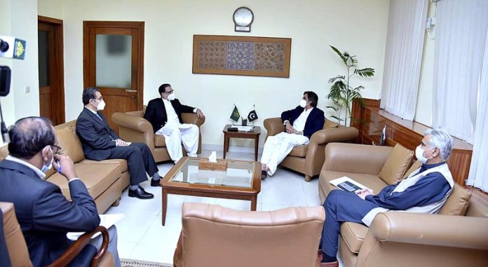 Chairman Naya Pakistan Housing and Development Authority Lt. General (Retd) Anwar Ali Haider called on Federal Minister for Economic Affairs and Mudassar H. Khan CEO Pakistan Mortgage Refinance Company also joined the meeting