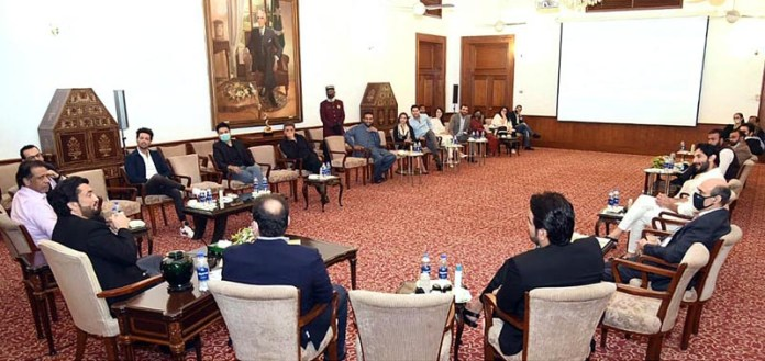 Chairman Parliamentary Committee on Kashmir, Shehryar Afridi in a meeting with Karachi-based members of the newly constituted Cultural Advisory Board at Governor's House