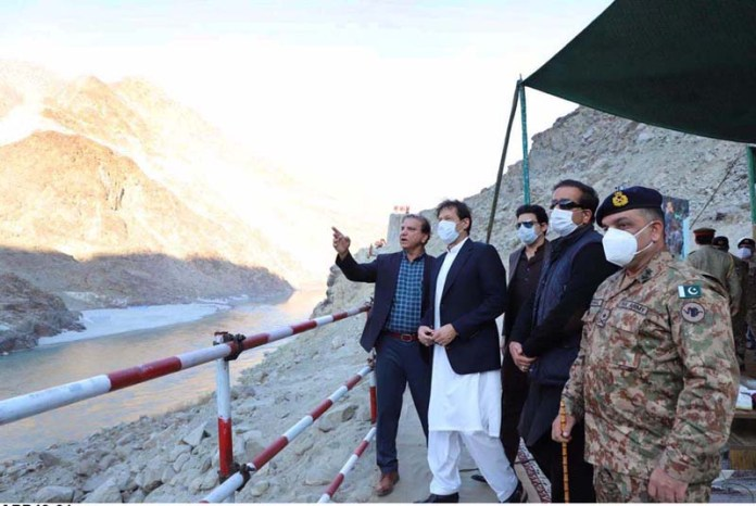 PM visits Diamer-Bhasha dam site