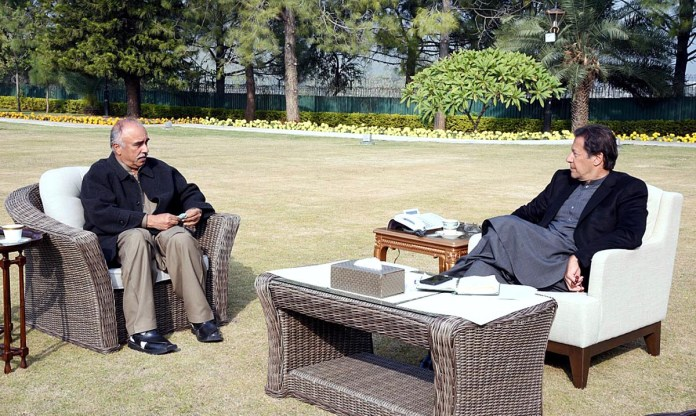 Governor Khyber Pakhtunkhwa calls on PM