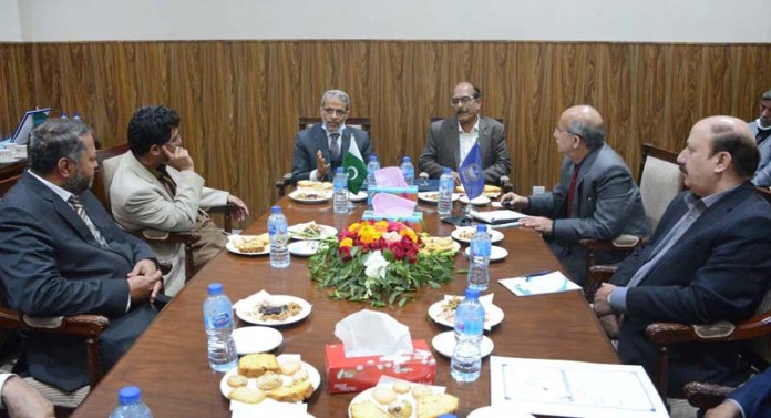 Ambassador of Republic of Yemen to Pakistan Mohammad Motahar Alashabi addressing during meeting with Vice Chancellor of University of Agriculture Faisalabad (UAF) and faculty members
