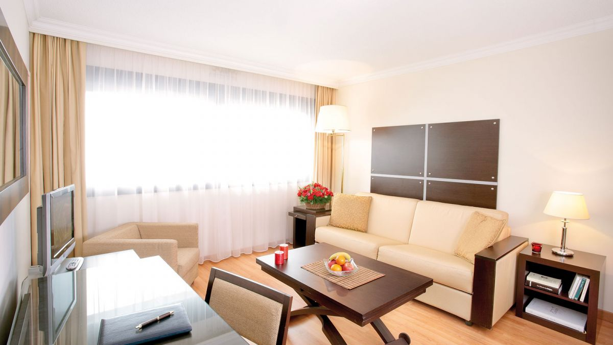Location appartement meubl Geneve Aeroport chambre dhtel AppartCity Geneve Aroport