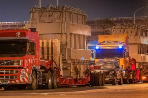 heavy lift transport services