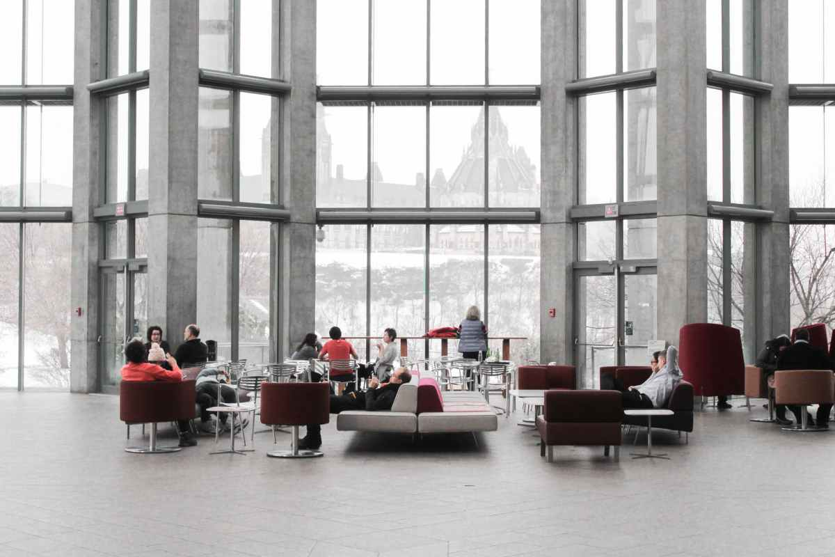 Top 4 Advantages of Coworking Spaces