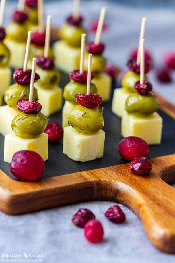Cranberry Olive Cheese Skewers