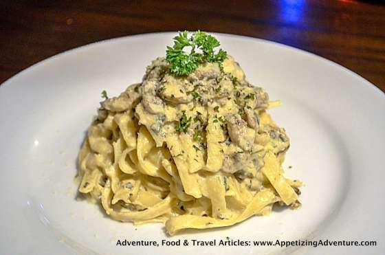 Pasta Alfredo Php320