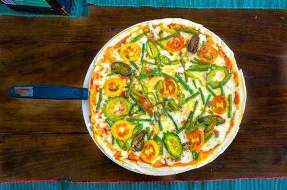 Pinakbet Pizza Php395