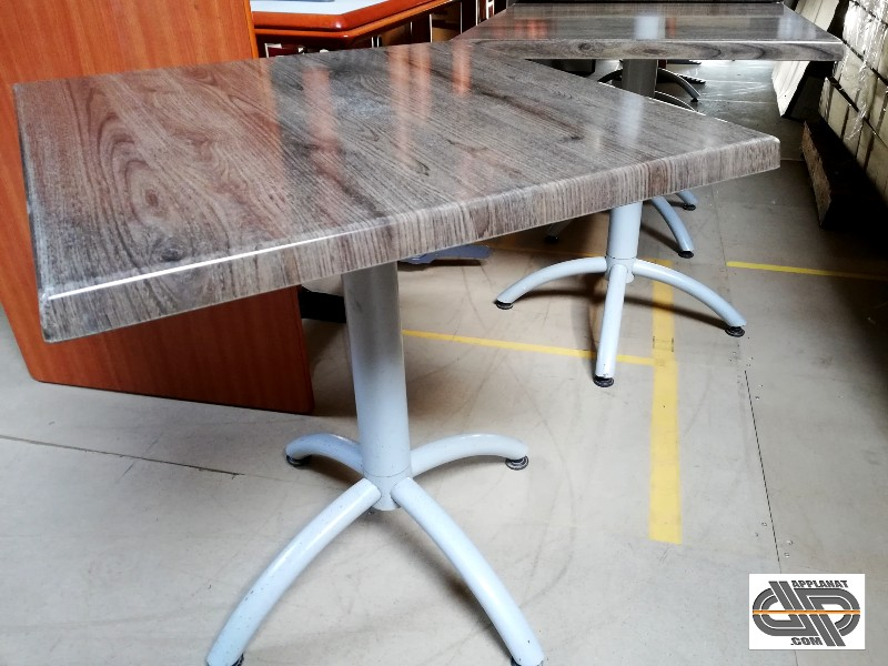 lot 17 tables bistrot 70 x 70