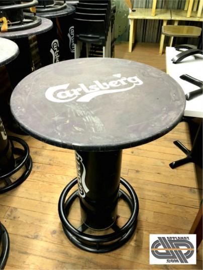 Lot 4 tables bistrot  mange debout publicitaire  Carlsberg occasion  VENDU