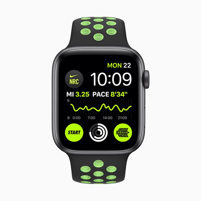 Nike Run Club complications displayed on Apple Watch Series 5.