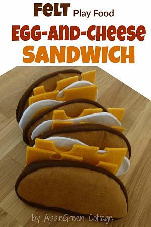 How To Sew a Felt Sandwich {Felt Play Food}
