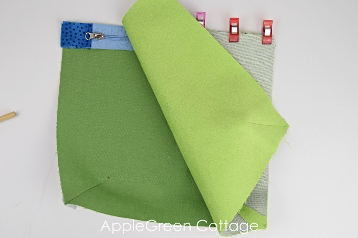 how to sew darts on bags