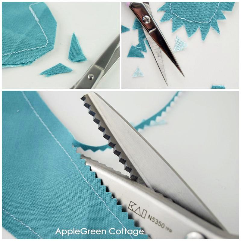 cutting bandana bib pattern
