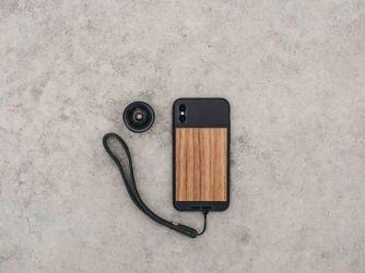 dřevěný kryt na iPhone